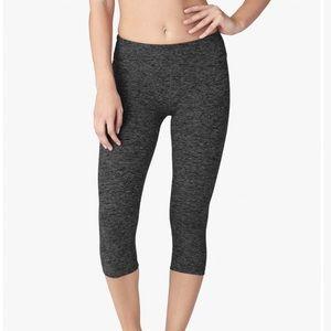 Beyond Yoga spacedye Capri legging - size xsmall